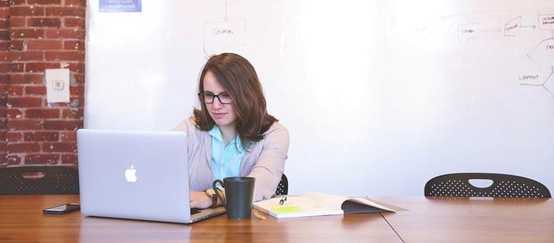 Web sitesi projelerinde tamamlanma süreleri müşteri ve firma kaynaklı olarak ikiye ayrılır.
